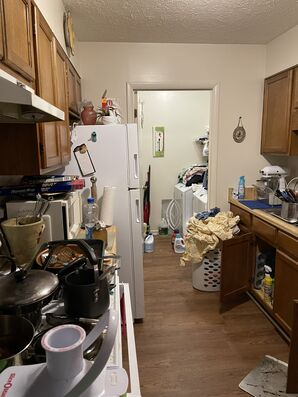 House Cleaning for Hoarding in Cartersville, GA (3)